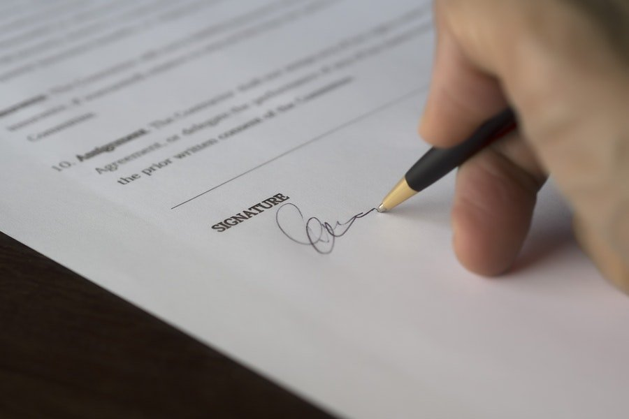 The difference between contract of service and contract for services (Part 1)